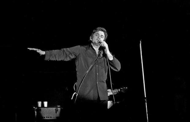 Johnny-Cash_1972